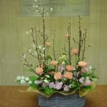 (枝)啓翁桜、こでまり(花)スプレーバラ、スイートピー(葉物)レモンリーフ