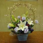 (花)オンシジューム、ゆり、トルコききょう、スイートピー(葉物)ドラセラ、ユーカリ