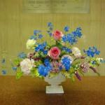 (花)バラ、トルコききょう、スプレーデルファニューム、カーネーション、スターチス(葉物)ゴットセファナ