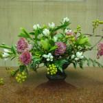 (花)栗、トルコききょう、りんどう(葉物)レザーファン(枝)サンキライ