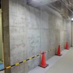 5階西側作られている耐震壁。